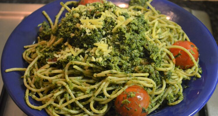 Bacon and Kale Pasta on a blue plate